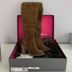 New Never Worn Vince Camuto Melaya Boot